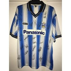 *L* 1999/01 HUDDERSFIELD TOWN Player Squad Signed Football Shirt