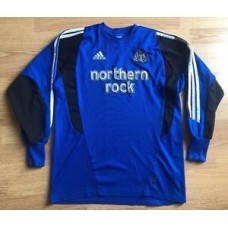 Newcastle United 2003/04,Adidas,Small Goalkeeper Football Shirt..Good Condition.